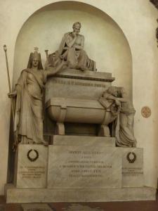 Basilica di Santa Croce - Dante's tomb
