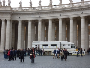 Temporary Vatican post office - but no people!