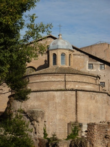 Tempio di Romolo - not the founder of Rome but the son of Maxentius. It is now the Basilica di Santi Dosma e Damiano.