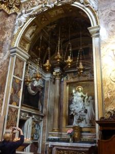 Santa Maria della Vittoria - side chapel