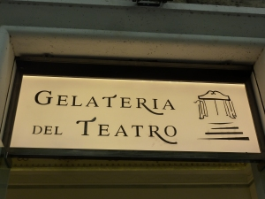 GelateriaDelTeatro02