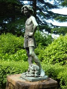 Villa Cimbrone - David - so different from Michalangelo's