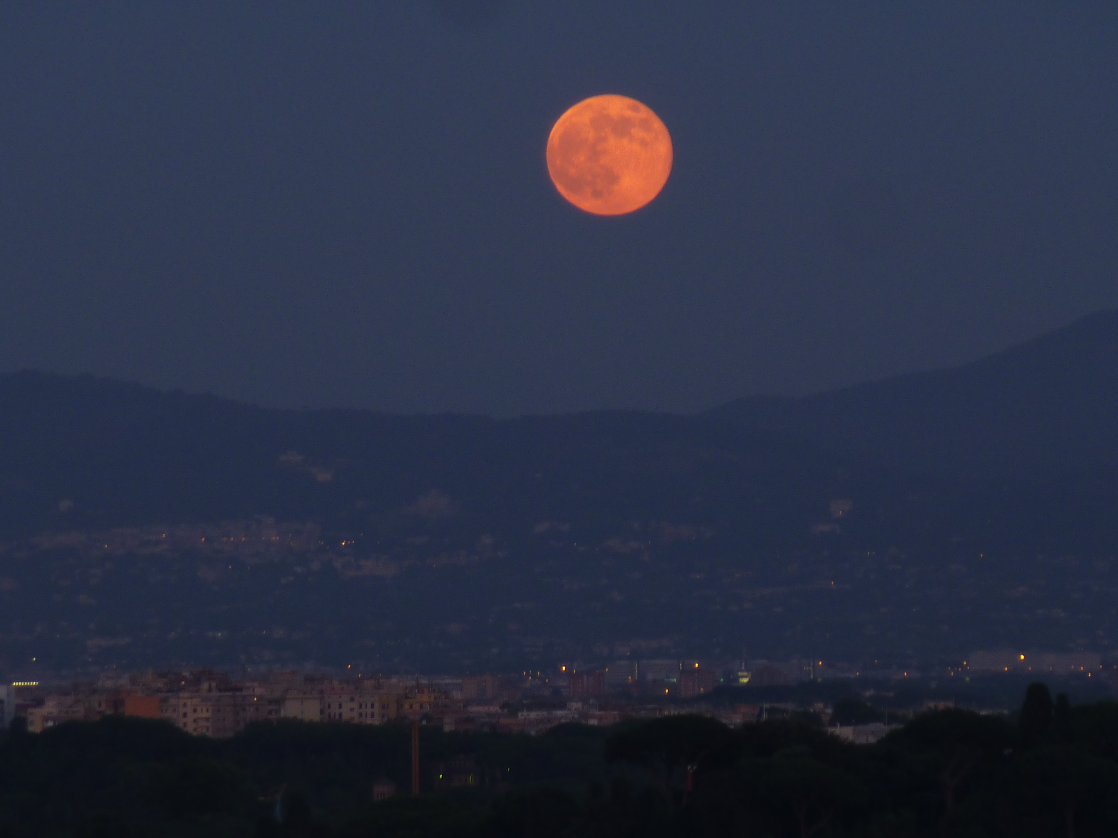 Earth Two Moons August 2014 - Pics about space