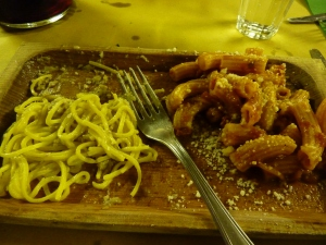 Pasta with animali sauce (left) and pasta with oxtail sauce (right)