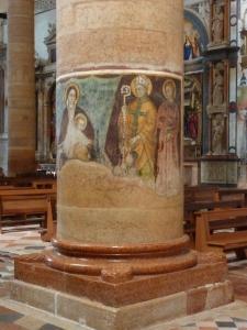 Sant'Anastasia - fresco on a pillar