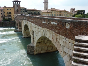 Ponte Pietra (from the east side)