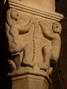 San Zeno - crypt - pillar capital