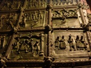 San Zeno - bronze door panels