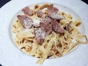 Pasta with white truffles