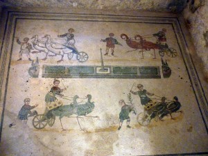 I loved this antechamber floor - children's chariot races on birds!