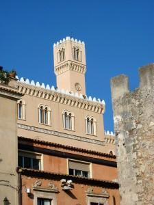 Taormina - building near Piazza del Duomo