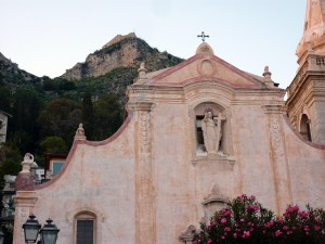 Taormina - church on the main piazza