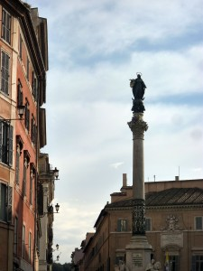 The column (the pope doesn't put the wreath way up at the top--someone on a hoist does that after the pope leaves)